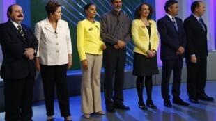 Les candidats à l'élection présidentielle 2014 au Brésil se sont tous retrouvés une dernière fois avant le scrutin, à l'occasion d'un débat télévisé à Rio, le 2 octobre.