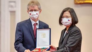 捷克参议院议长维特齐与台湾总统蔡英文资料图片