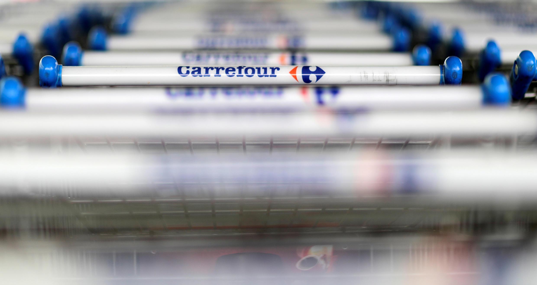 A rede de supermercados francesa Carrefour anunciou a assinatura de uma parceria com o Google para permitir a compra de produtos online com a voz