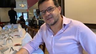 O paraibano Jaciel Santos se adaptou à crise com criatividade e aproveitou o período para repensar sua atividade e melhorar a gestão de seu restaurante.