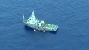 Con tầu tìm kiếm John Lethbridge đã định vị được các mảnh vỡ của máy bay A320.
