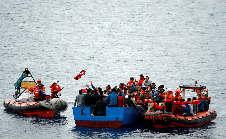 'Yan Ci-rani na ratsa teku daga Libya domin tsallakawa zuwa Italiya
