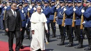 Paparoma Francis, lokacin da ya isa birnin Sarajevo