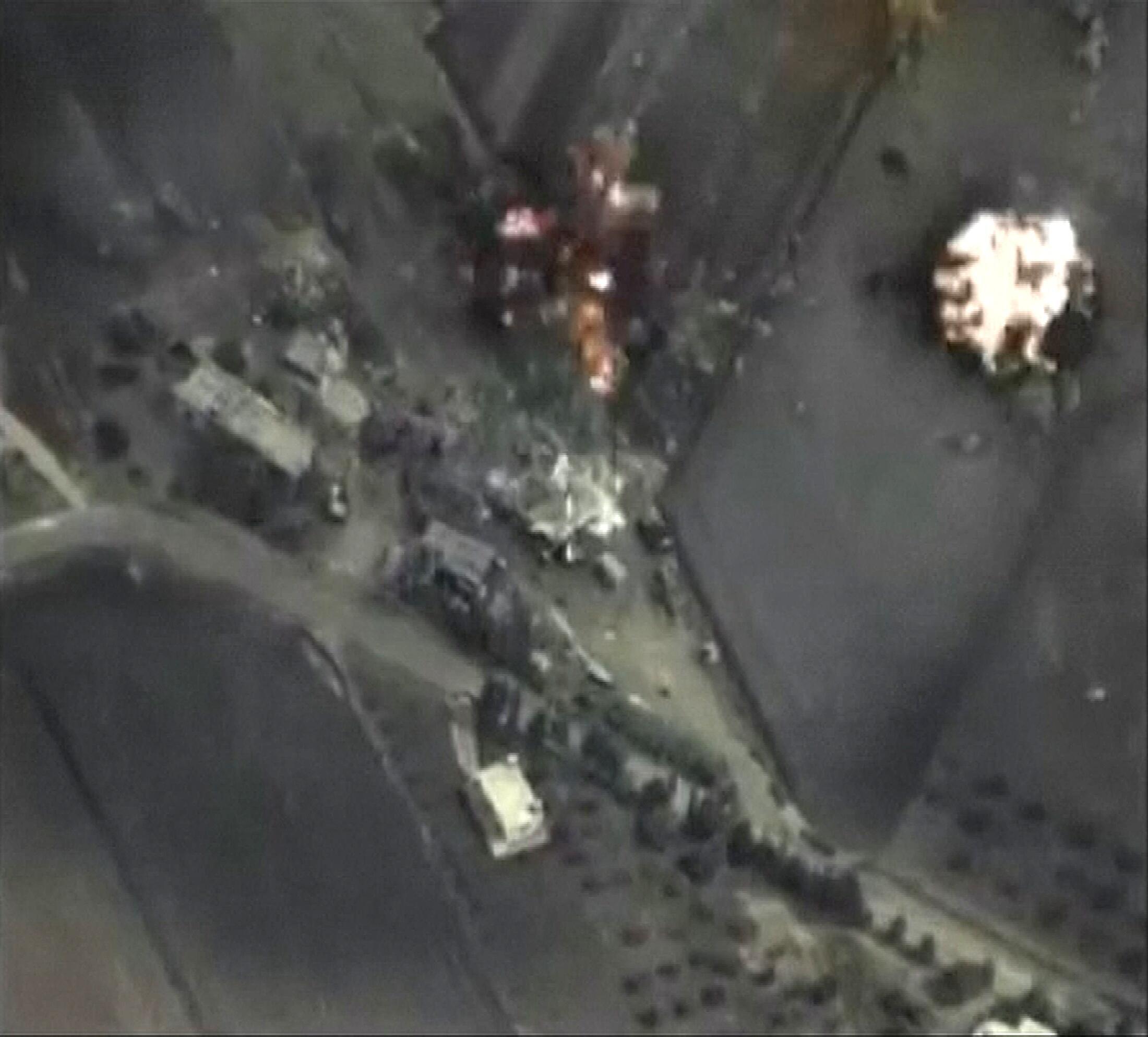 Photo prise par un avion en Syrie mercredi 30 septembre et délivrée par le ministère russe de la Défense le lendemain.