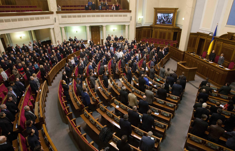 2014年2月22日,烏克蘭議會決議廢黜總統亞努科維奇。