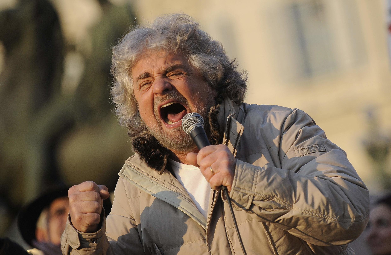 """Бывший актер-комик и политик-популист Беппе Грилло (Beppe Grillo), основатель партии """"Пять звезд"""""""