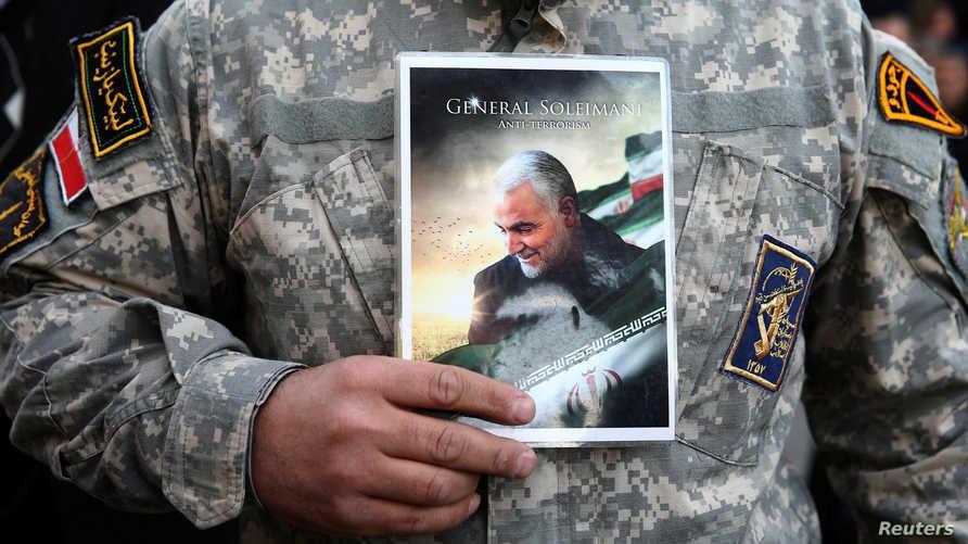 قاسم سلیمانی، فرمانده نیروی قدس سپاه پاسداران انقلاب اسلامی بامداد روز جمعه ۳ ژانویه آمریکا  در نزدیکی فرودگاه بغداد کشته شد