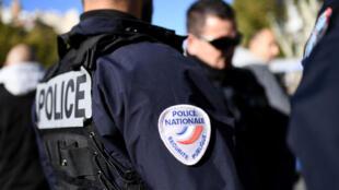 Foi durante um controlo de polícia numa portagem do sul da França que menor angolano indocumentado foi interceptado.