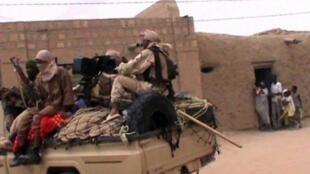 Rebeldes do grupo jiadista An Sardine, a 6 de abril de 2012, no Mali