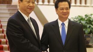 Phó chủ tịch TQ Tập Cận Bình thăm Việt Nam tháng 12/2011 (REUTERS)