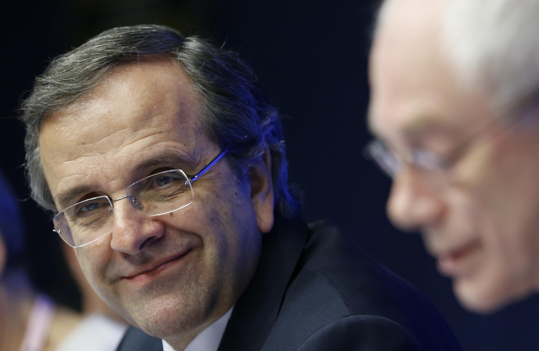 En revenant sur le marché de la dette, le Premier ministre grec Antonis Samaras démontre à ses concitoyens qu'il est à nouveau maitre à bord, qu'il existe une vie après la débâcle et l'austérité.