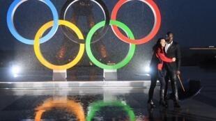 Les sportifs français fêtent, place du Trocadéro, la désignation de Paris comme ville hôte des Jeux Olympiques de 2024.