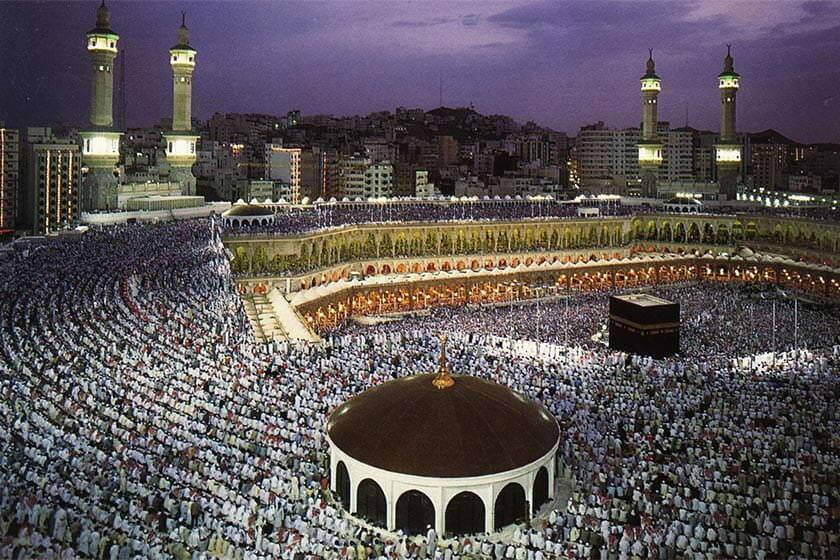 عربستان حج عمره را به حالت تعلیق درآورد
