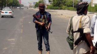 Dakarun da ke biyayya ga Shugaban Yemen Abd Rabbo Mansour Hadi a Aden