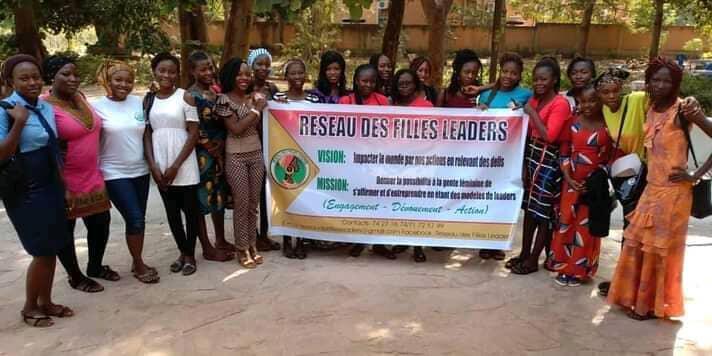 """thumbnail_""""Reséau des filles leaders"""" du Burkina Faso"""