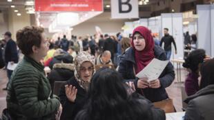 En janvier 2017 se tenait la deuxième édition d'un forum de l'emploi pour réfugiés et migrants, à Berlin.