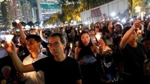 香港18万民众记录六四资料图片