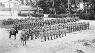 Une troupe coloniale provenant des colonies d'Afrique orientale allemande durant la seconde guerre mondiale