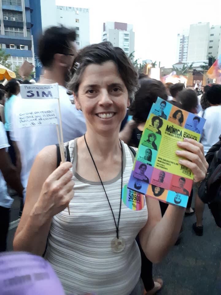 Claudia Visoni, cocandidata na Bancada Ativista a uma vaga na Assembleia de São Paulo, participou do ato de mulheres #EleNão.