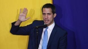 Juan Guaidó fue reelegido presidente del Parlamento de Venezuela por los diputados de la oposición, el 5 de enero de 2020.
