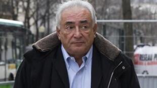 Processo de Dominique Strauss-Kahn começa nesta segunda-feira (2.02.15) no Tribunal Correcional de Lille por proxenetismo agravado.