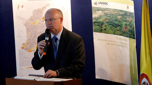 """""""Quiero expresar mi profunda preocupación por la cantidad de dinero que mueven las drogas ilícitas"""", dijo el representante en Colombia de la Oficina de las Naciones Unidas contra la Droga y el Delito (Onudc), Bo Mathiasen, en la presentación del informe."""
