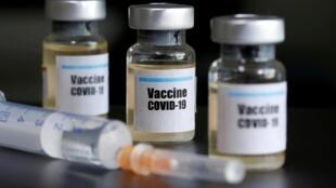 Des dizaines de laboratoires dans le monde sont en train de tenter de mettre au point un vaccin contre le Covid-19 (image d'illustration).
