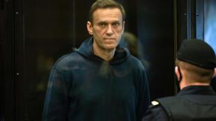 El líder de la oposición rusa Alexéi Navalni durante una audiencia judicial en Moscú, Rusia, el 2 de febrero de 2021