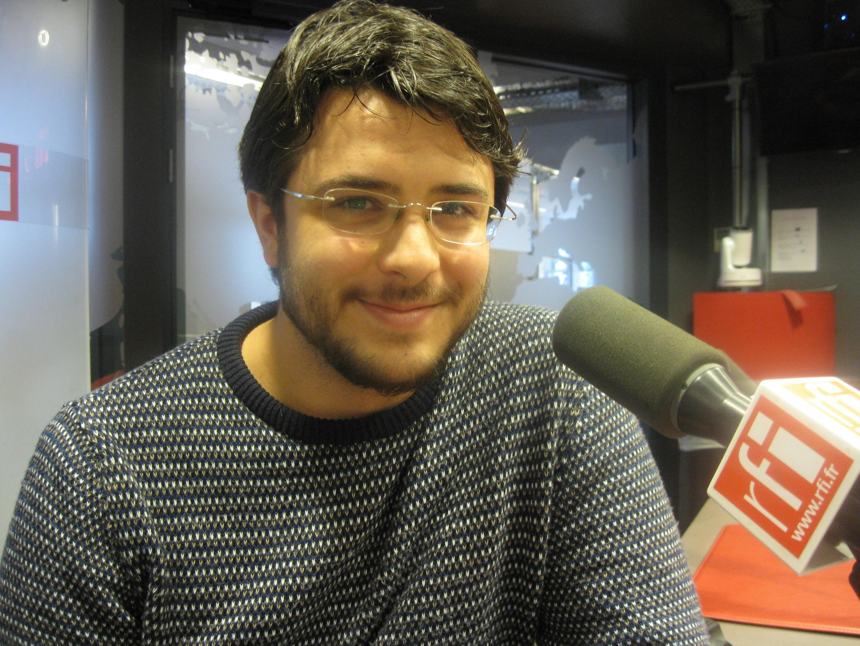 Pablo Hernán Benedí en los estudios de RFI