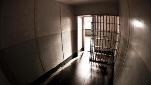 En France, le taux de suicides en prison est l'un des plus élévés de l'Union européenne.