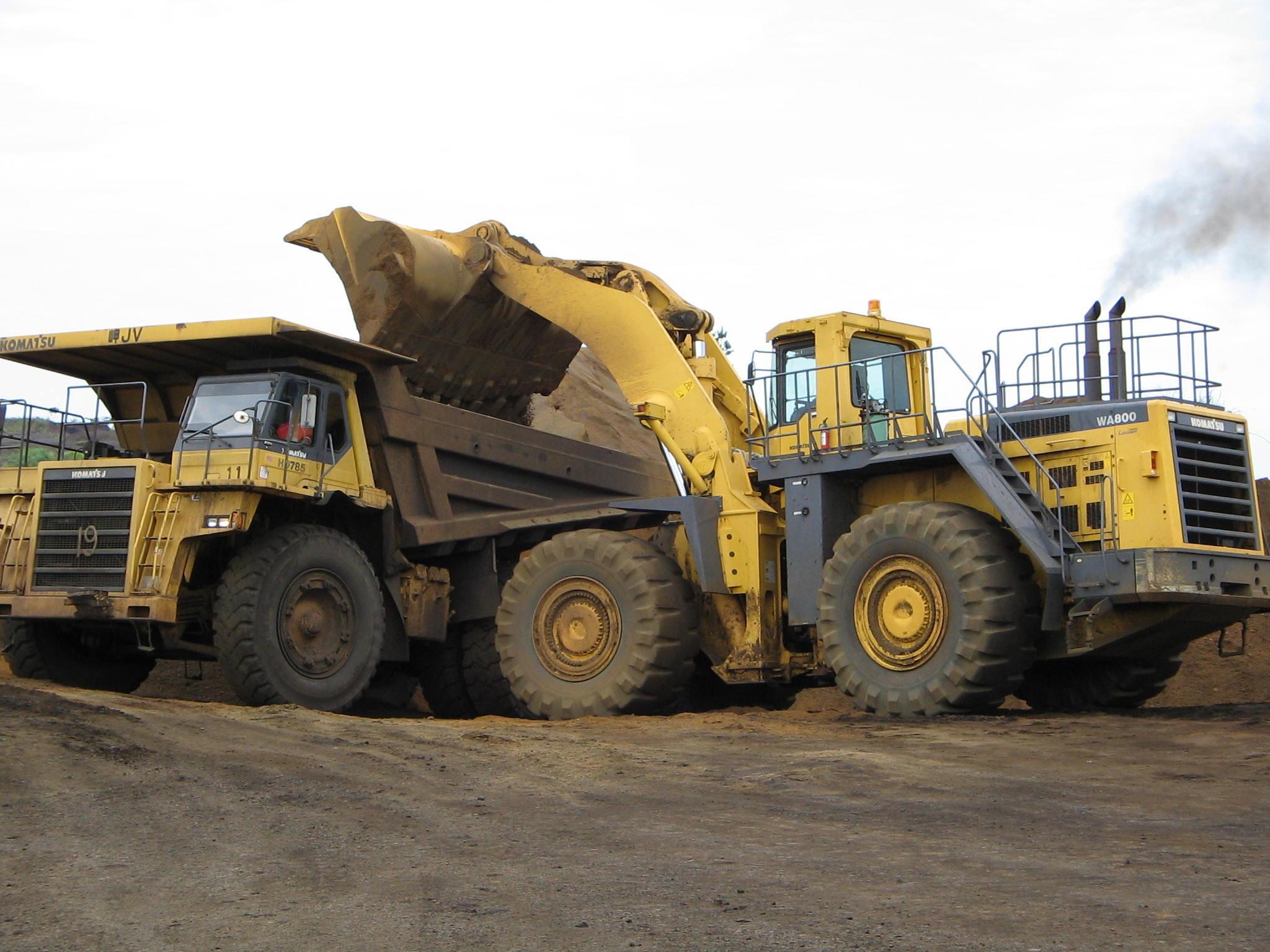 Carrière d'exploitation de manganèse à Moanda par la Compagnie minière de l'Ogooué (COMILOG, filiale du groupe français Eramet).