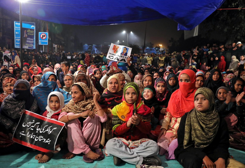 Biểu tình ngồi tại Ấn Độ để phản đối luật mới về công dân của thủ tướng Narendra Modi. Ảnh tại New Delhi, ngày 21/12/2019.