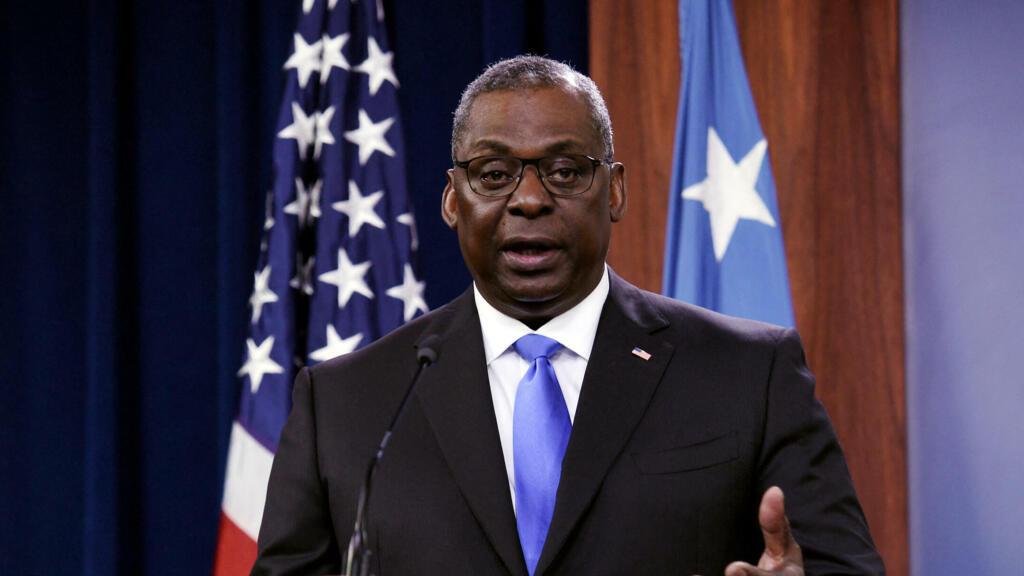 Bộ trưởng Quốc Phòng Mỹ thăm Việt Nam, trọng tâm là hợp tác quân sự và an ninh