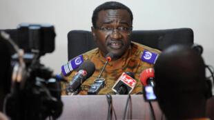 Le chef de la justice militaire au Burkina Faso, Sita Sangaré, lors d'une conférence de presse, le 16 octobre à Ouagadougou.