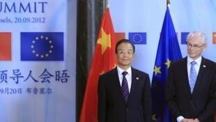 2012年9月20日,出席欧中峰会的中国总理温家宝和欧洲理事会主席范龙佩。