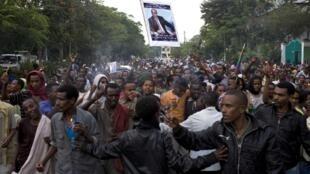 A l'annonce du décès de Premier ministre Meles Zenawi, les Ethiopiens sont descendus nombreux dans les rues. Bahir Dar, le 22 août 2012.