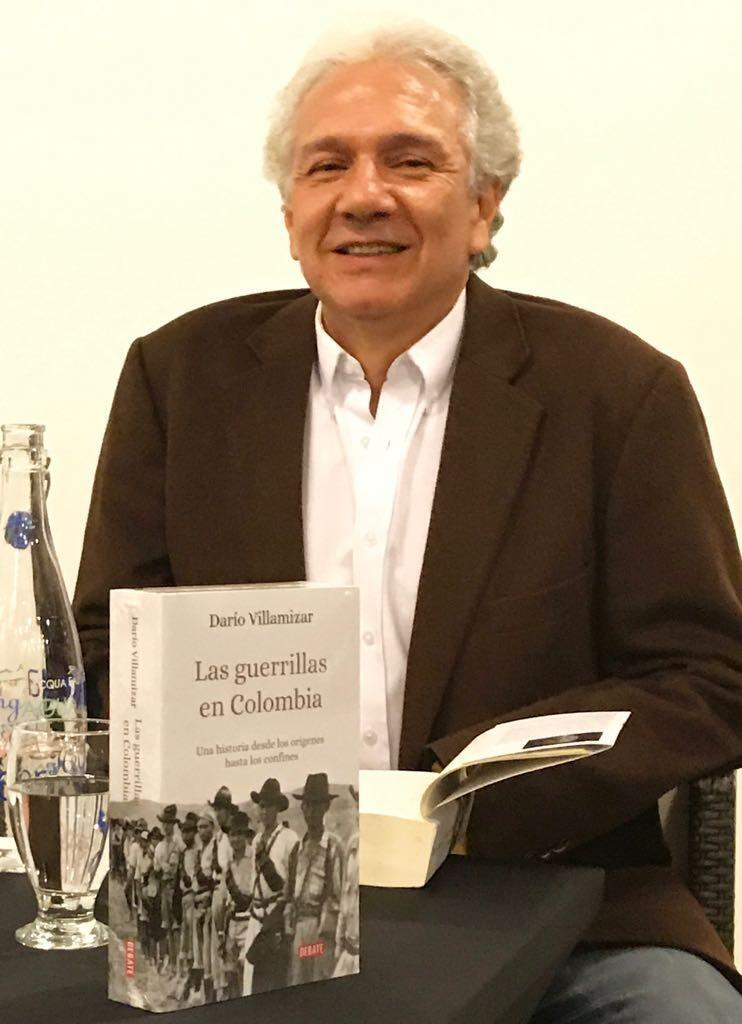 El politólogo e historiador, Darío Villamizar ha publicado el estudio mas completo que se haya hecho sobre la historia del movimiento guerrillero colombiano.