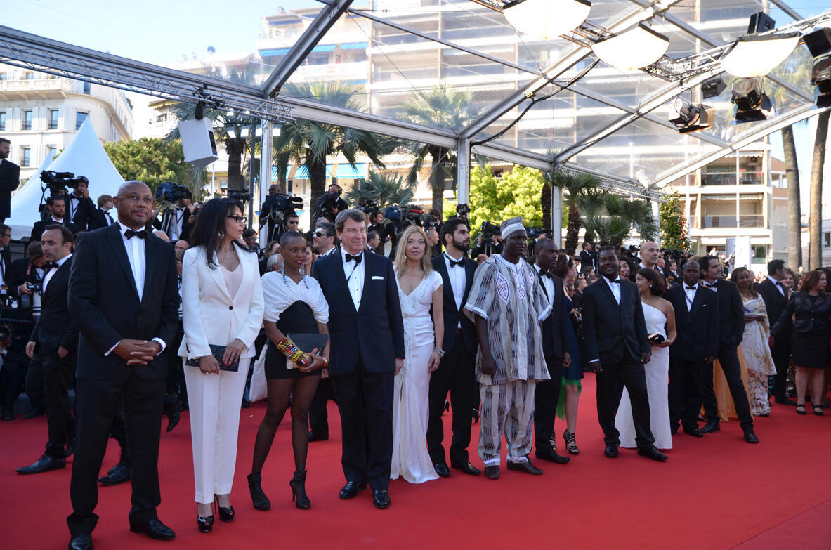 The delegation for the Cinémas du Monde on the red carpet