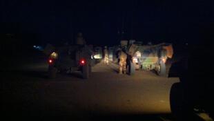 Une patrouille de nuit de l'opération Barkhane à Gao.