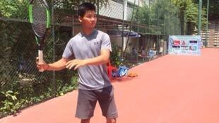 ឈាង វណ្ណាស័ក្តិ កីឡាករវាយកូនបាល់ (Tennis)