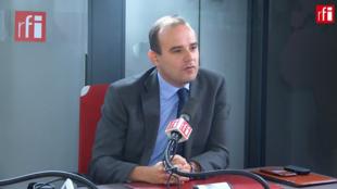 Alexandre Holroyd sur RFI le 21 octobre 2019.