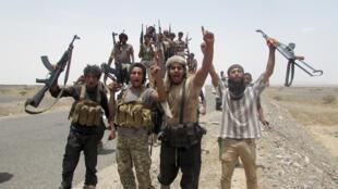 Des combattants fidèles au président Hadi, dans le sud du Yémen, le 4 août 2015.