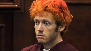 James Holmes é o suspeito de ter matado 12 pessoas em uma sessão de cinema, na sexta-feira.