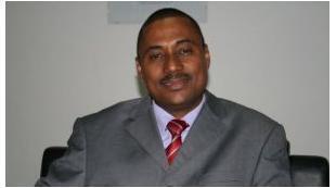 Boaventura Moura, bastonário da Ordem dos Farmacêuticos de Angola