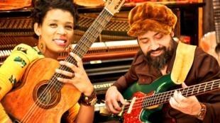 Carmen Souza e Theo Pascal