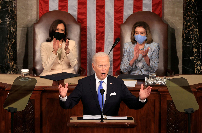 美國總統拜登參加國會參眾兩院聯席會議發表演講資料圖片