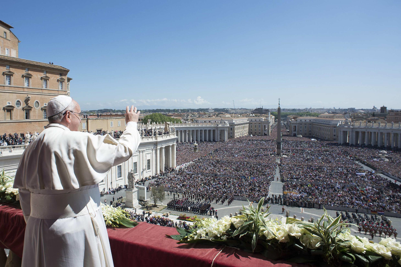Папа Римский Франциск I во время пасхального обращения Urbi et orbi 20 апреля 2014.