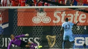 Yaya Toure ya barar da Fanalti a wasan sada zumunci da Manchester City ta fafata da Liverpool