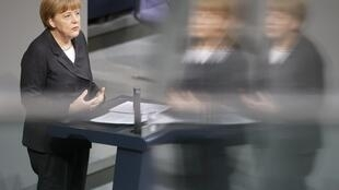 លោកស្រីប្រមុខរដ្ឋាភិបាលអាល្លឺម៉ង់ Angela Merkel អបអរជោគជ័យរបស់ស៊ីរីហ្សាក្រិក យឺតយ៉ាវខុសទម្លាប់