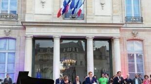 法國總統府2019年6月21日搭台歡度音樂節